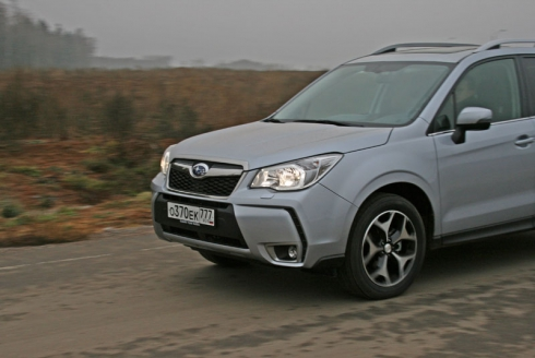 Тест-драйв: Subaru Forester New (2.5 CVT)