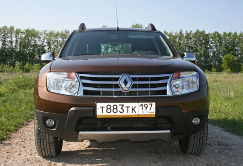 Renault Duster (2.0 AT)