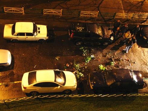 Летающие цветы и разбитые автомобили