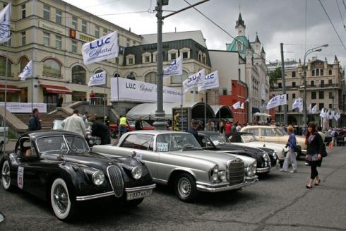 L.U.C CHOPARD CLASSIC WEEKEND RALLY 2010 Восьмое ежегодное ралли классических автомобилей в Москве.