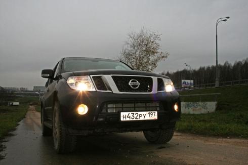«Находящий дорожки»: тест-драйв Nissan Pathfinder