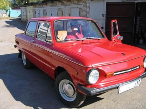 «Две фары и четыре колеса»… или О маленькой машинке – с любовью